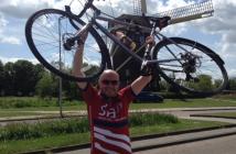 Claims_19_Hilary_Meredith_cycling_fundraiser_Gary_Boyd_photo2