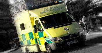 ambulance-1442004-1279x1705