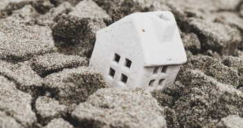 Subsidence claims rise could curtail home insurance price cuts