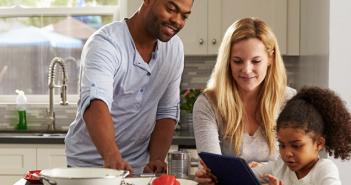 HSBC UK offers 'switchable' subscription-based insurance