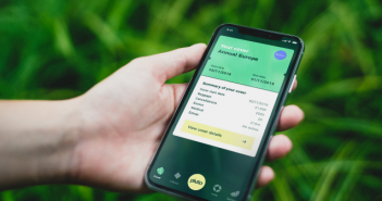 Pluto launches mobile app for travel customers
